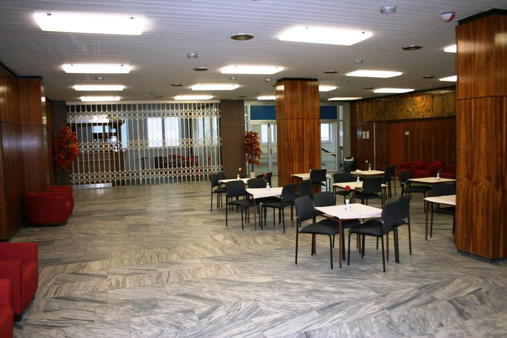 Foyer velkého sálu